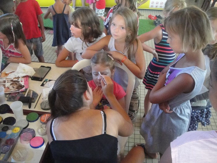 garderie-enfants-maquillages